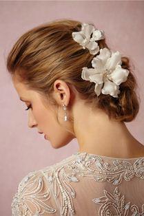 идеи для свадебной прически с цветами